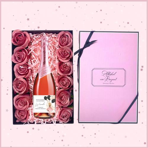 MIONETTO ROSE Z RÓŻOWYMI RÓŻAMI W ROSE BOX